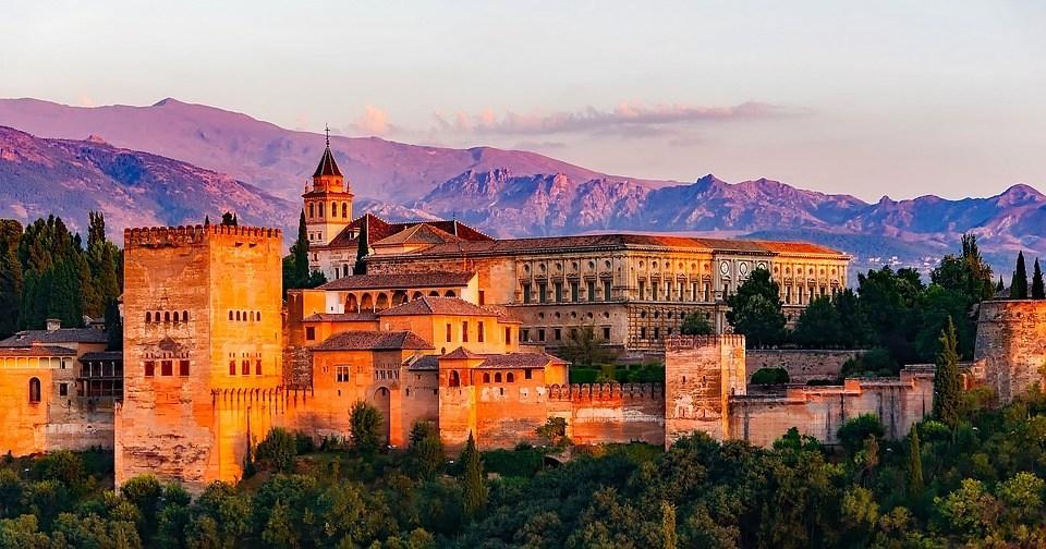 Andalusia - Sejarah masuknya islam di Maroko, Spanyol dan Portugal